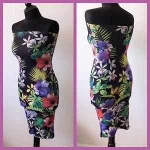 Strapless flowered dress!